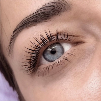 LASH LIFT WITH BOTOX
